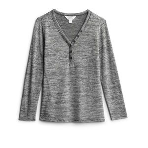 Rinks Fitted Henley Knit Top